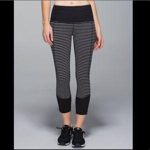 BRAND NEW LULULEMON Runday Crop Legging, Size 8 🖤